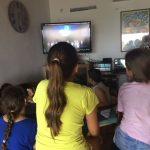 Visionnage de la vidéo par les enfants